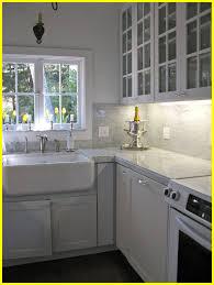 marble backsplash kitchen amazing marble backsplash kitchen u of white carrara