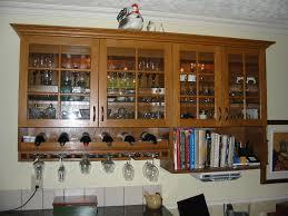 vitrine pour cuisine comment bien ranger une armoire maison design bahbe com