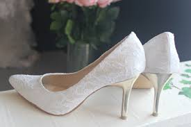 wedding shoes kuala lumpur 3 1 2 inches pointy toe lace bridal shoes with gold heels shoes