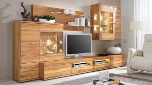 Wohnzimmerschrank R K Cool Wohnzimmer Mit Holzmobeln Grau Holz Haus Design Erstaunlich