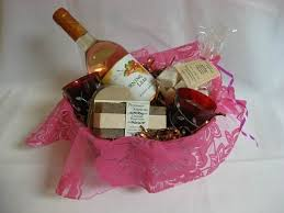 bridal shower gift baskets bridal shower gift basket ideas for the