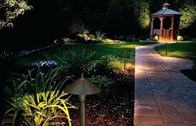 Malibu Landscape Light by Malibu Led Low Voltage Landscape Lighting Kits Reviews Lowes