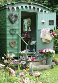 Shabby Chic Garden by A Shabby Chic Shed For Zero Pence Lavenderworld Shed Plans And