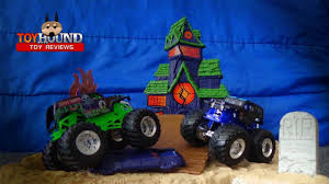 Wheels Monster Jam Boneyard Bash Playset 3 Trucks Walmart