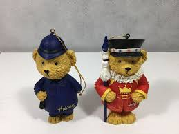 harrods ornaments and beefeater