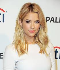 how to get beachy waves on shoulder lenght hair sexy celebrity beach waves for every hair length beach wave hair
