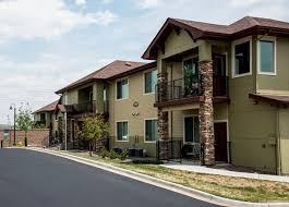 golden pointe apartments