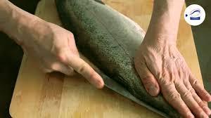 comment cuisiner une grosse truite technique de cuisine lever les filets d une truite