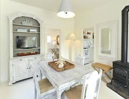 Cottage Style Chandeliers Cottage Dining Room Lighting All White Dining Room All White