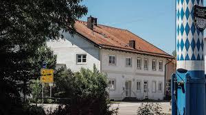 Altes Bad Kreuth Altes Rathaus In Parsdorf Die Zeichen Stehen Auf Abriss