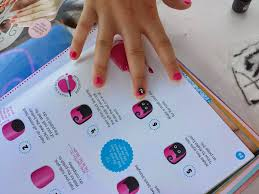 read u0026 paint klutz nail art for poolside summer fun with friends