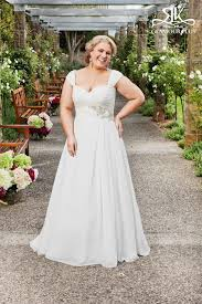 Wedding Dresses Near Me Top 10 Plus Size Wedding Dress Designers By Pretty Pear Bride