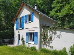 chambre d hote geniez d olt maison en bordure du lac castelnau cabanac location de vacances
