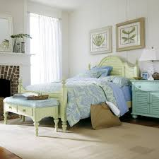 Coastal Bedroom Ideas by Small Master Bedroom Design Ideas Coastal Decorating Ideas Round