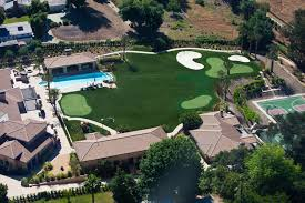 Putting Turf In Backyard Prolawn Turf Pgc Certified Putting Greens Backyard Putting