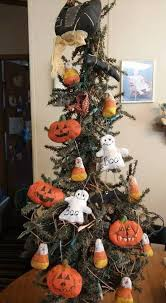 Decorated Halloween Trees 113 Best Halloween Tree Deco Images On Pinterest Halloween Trees