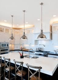 îlot de cuisine et plan de travail 9 idées d éclairage pratiques