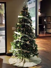 tree and decoration in breckenridge copper