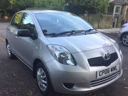 toyota yaris t2 2006 06 1l petrol manual 5dr silver in