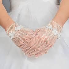 gant mariage beige gants de mariage longueur au poignet avec fleurs et perles