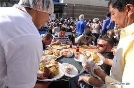 la s skid row residents homeless enjoy free thanksgiving