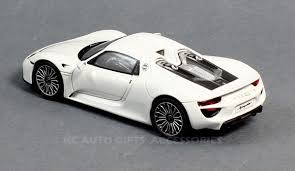 white porsche 918 spark model s4242 porsche 918 spyder white 1 43 scale