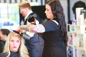 top rated hair extensions 2014 milwaukee s top hair salon beauty lounge get dolled up mke
