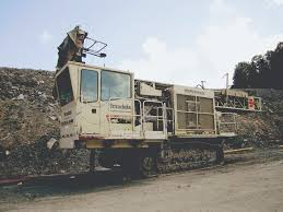 earthmoving and surface mining equipment selling at unreserved