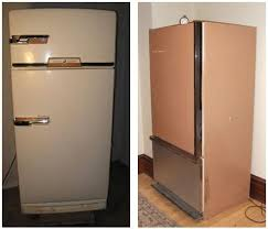 Kitchen Cabinet Refrigerator Can 1940s Kitchen Cabinets Mix With A 1960s Refrigerator Laura