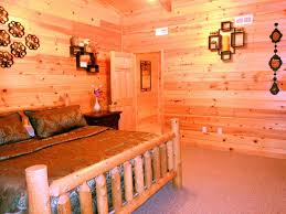 3 level 2982 sqft luxurious cabin in smoky homeaway sevierville relax in the upper bedroom on memory foam mattress