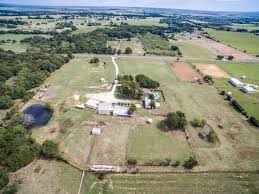 Used Horse Trailers For Sale In San Antonio Texas Desirable 14 Acre Horse Property For Sale Pilot Point Tx Sarah
