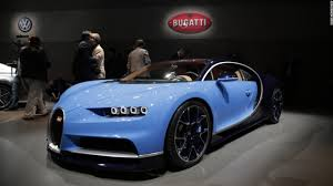 bugatti chiron top speed meet the world u0027s next fastest car the bugatti chiron video luxury