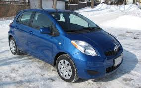 toyota yaris 2009 hatchback the toyota yaris le hatchback 2 000 kilometres later the car guide