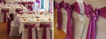 couvre chaise mariage location housses de chaise blanches en lycra joli jour