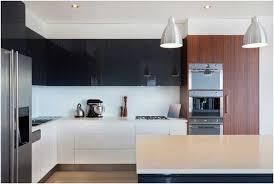 weiße küche mit holz 18 schöne weiße luxus küchen designs für ihre inspiration
