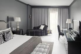 chambre color idee deco chambre grise noir et blanc peinture gris taupe id c3 a9e