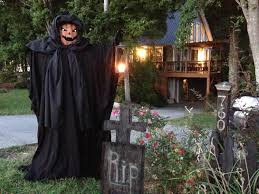 scary halloween decorations to make at home creepy halloween decorations outdoor with black scarecrow and