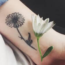 60 flowers wrist tattoos ideas