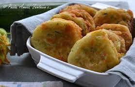 ricette con fiori di zucchina al forno frittelle di zucchine e fiori di zucca ricetta tipica calabrese