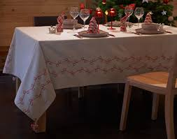 linge de lit style chalet montagne linge de table brodé cœurs becquet