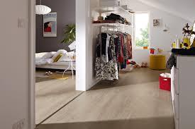 Boden Im Schlafzimmer Feucht Publikumspresse Neuer Boden U2013 Neues Wohngefühl Renovieren Leicht