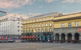 Wohnzimmer Zagreb Dolac One Apartments Kroatien Zagreb Booking Com