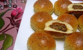 cuisine de choumicha recette de batbout petit farci à la viande haché choumicha cuisine marocaine