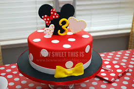 minnie mouse birthday cake minnie mouse party baby a s 3rd birthday how sweet this is