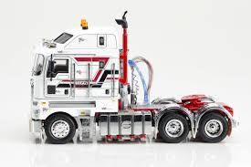 new kenworth models k200 kenworth k200 prime mover higgs heavy haulage