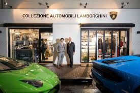 lamborghini dealership lamborghini u0027s newest store doesn u0027t sell any cars