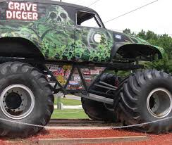grave digger monster truck rc injured during back jams remote control jams grave digger monster