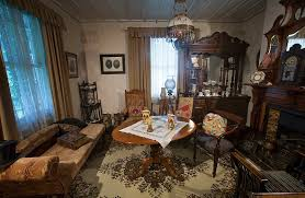 No Victorians Didn T Cover Up Table Legs Because They Were Too