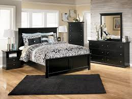 Queen Size Bedroom Furniture by Enrapture Model Of Bravery Maple Bedroom Furniture Tags