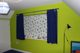 How To Choose An Accent Wall by How To Choose Children U0027s Bedroom Blinds Web Blinds